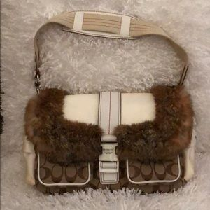 Authentic Coach H05J-3590 Like new